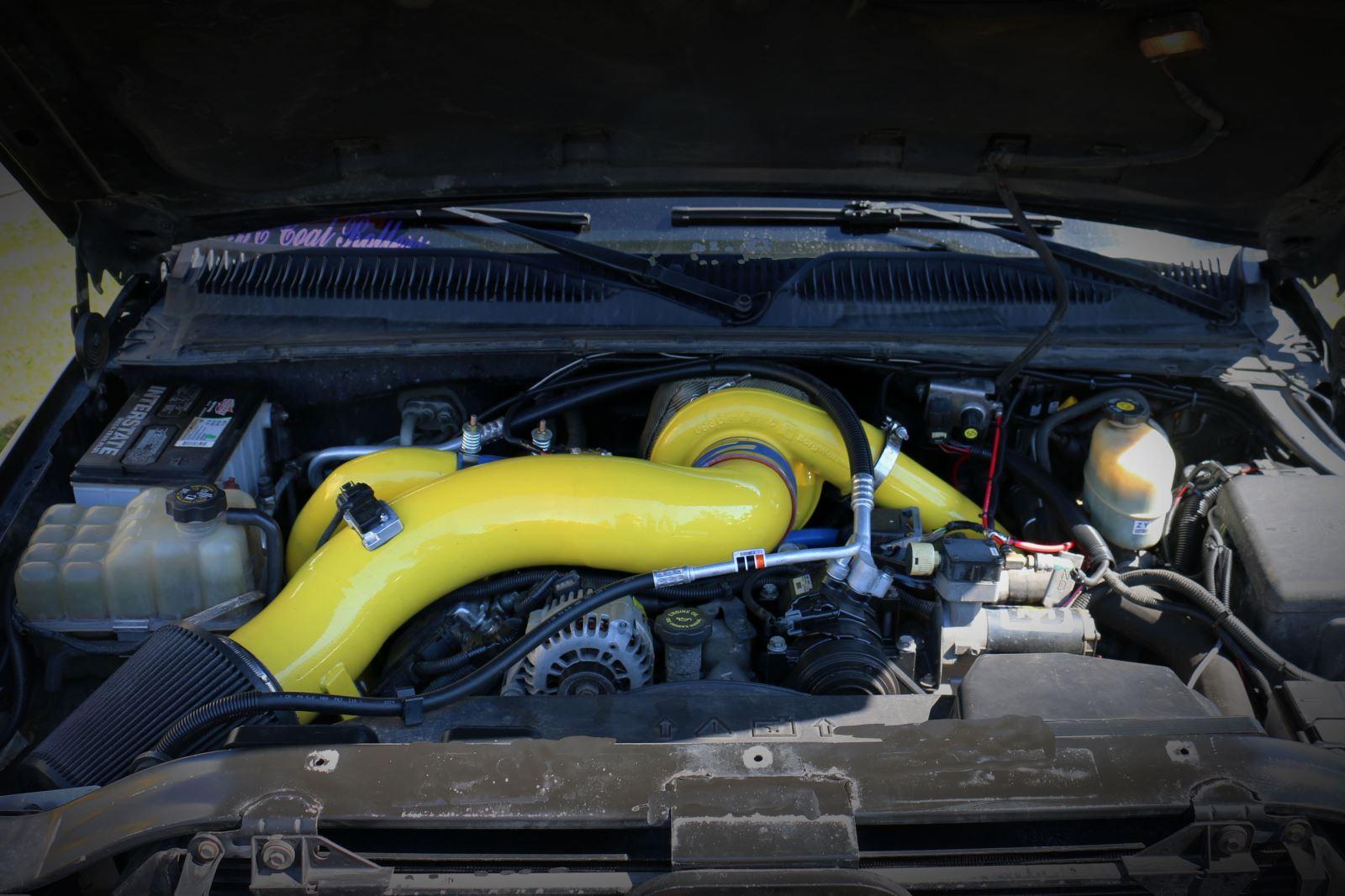 Kimberley Eatons Mighty Duramax Diesel Tech Magazine 2002 Fuel Filter Bracket