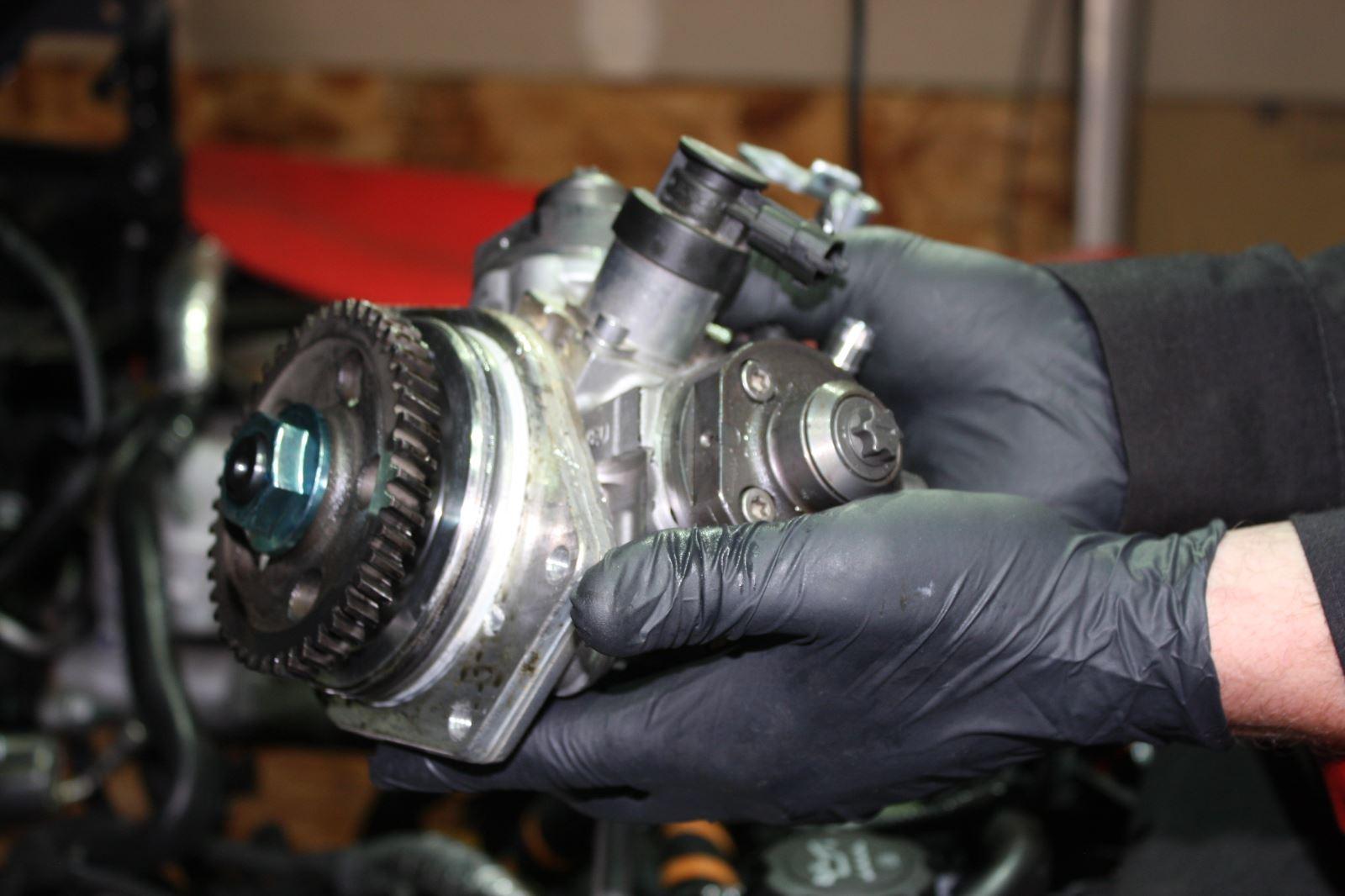Common Problems The Cp4 Time Bomb Diesel Tech Magazine Lb7 Fuel Pressure Regulator